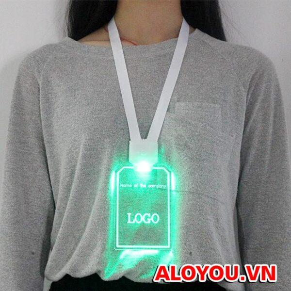 Dây đeo thẻ led 2